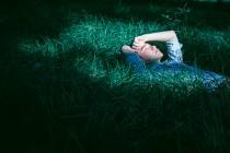 我会像青草一样呼吸
