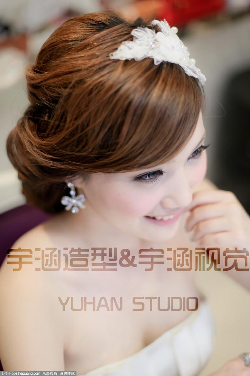 【宇涵彩妆培训中心】可爱大气的新娘妆