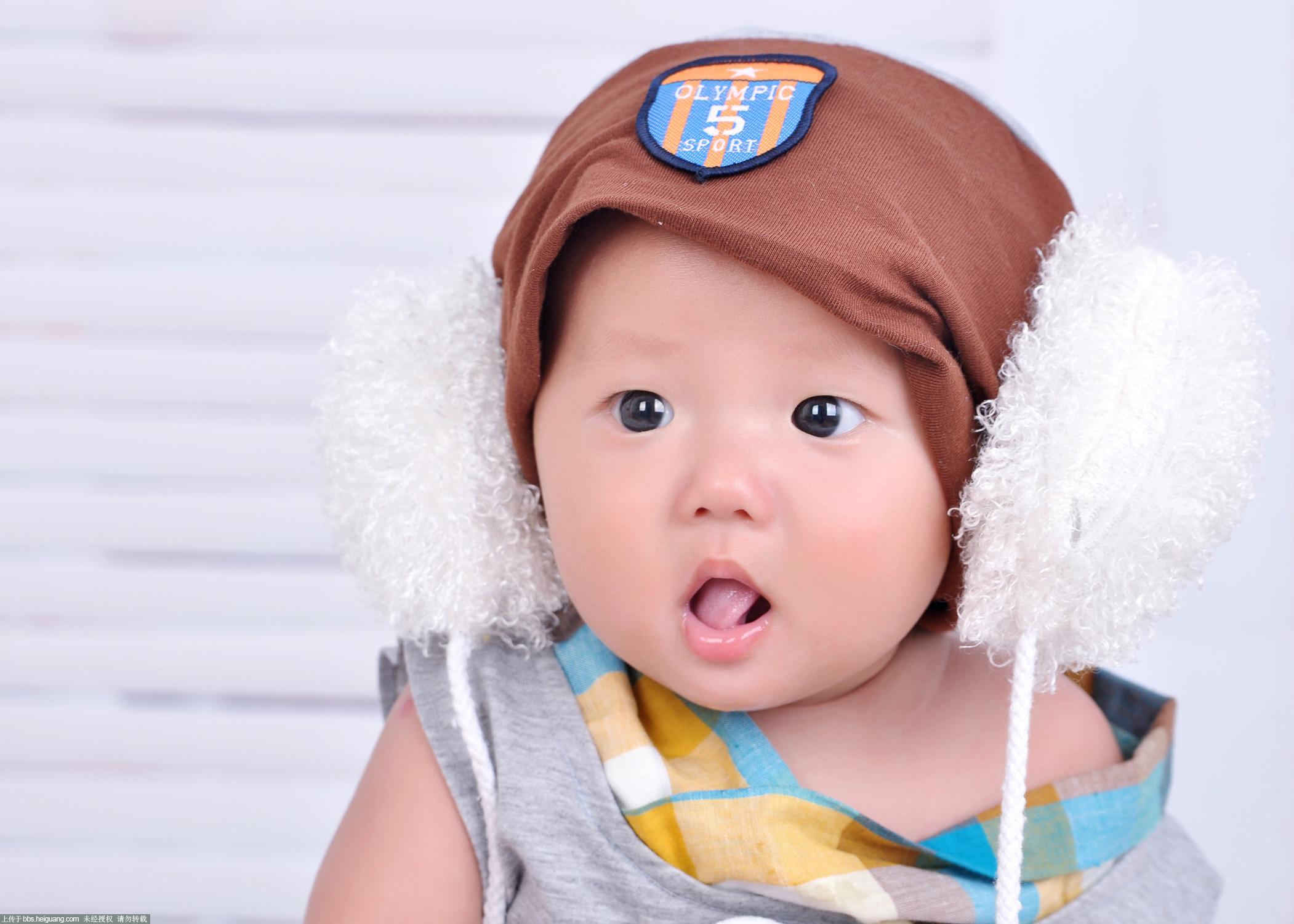大眼睛宝宝_儿童摄影作品