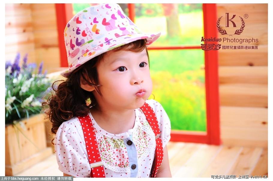 成都可爱多儿童摄影—小美女的成熟范儿