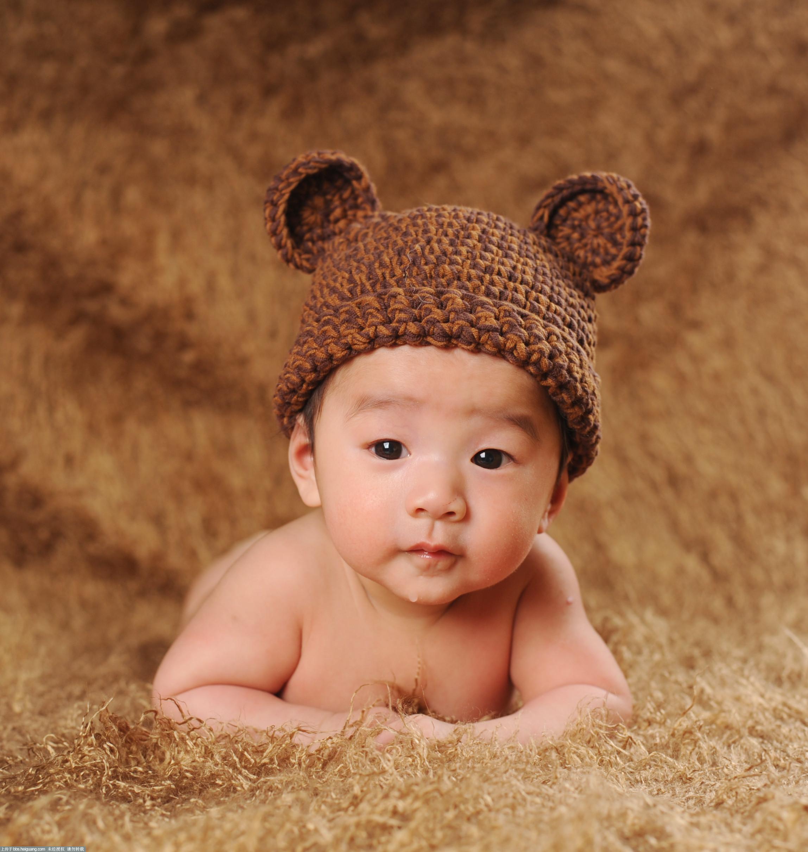 新拍百天宝宝造型