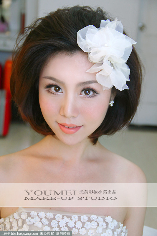 新娘短发造型 2款新娘编发图解