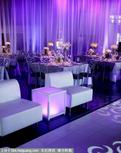 纱幕的布置还是要根据婚礼酒店现场的格局规划