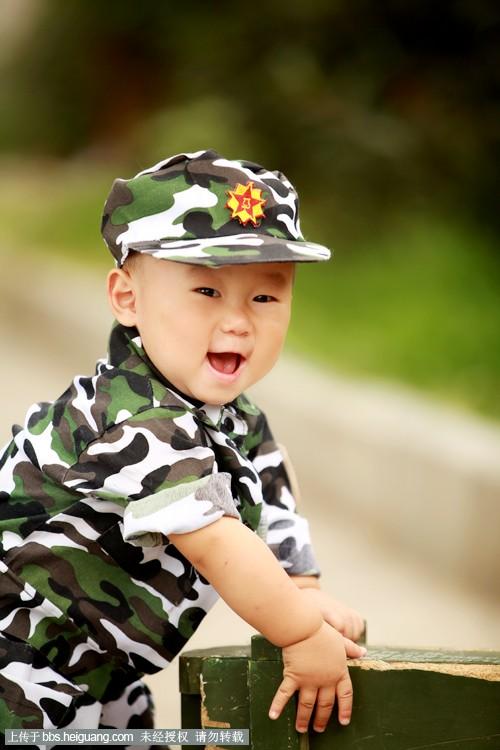 儿童画画小士兵