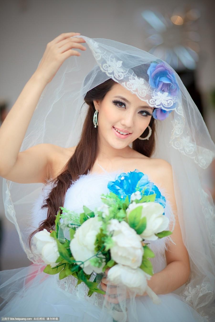 婚纱照新娘发型图片