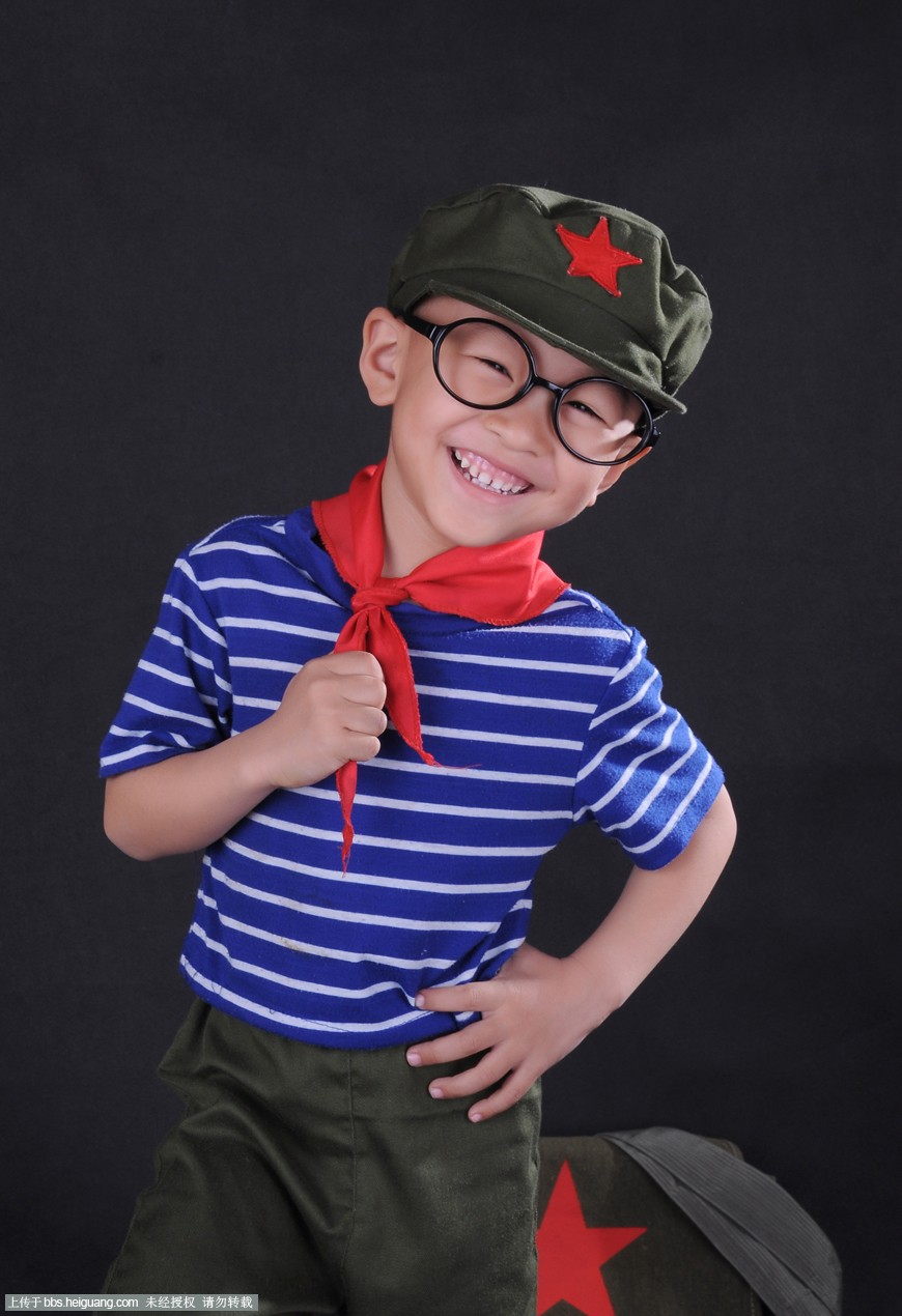 小红军_儿童摄影作品_黑光论坛