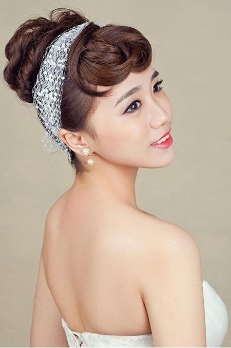 韩式新娘妆造型 彰显娇羞甜美气质