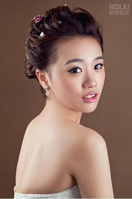 韩式新娘妆造型 尽显新娘娇羞甜美气质图片