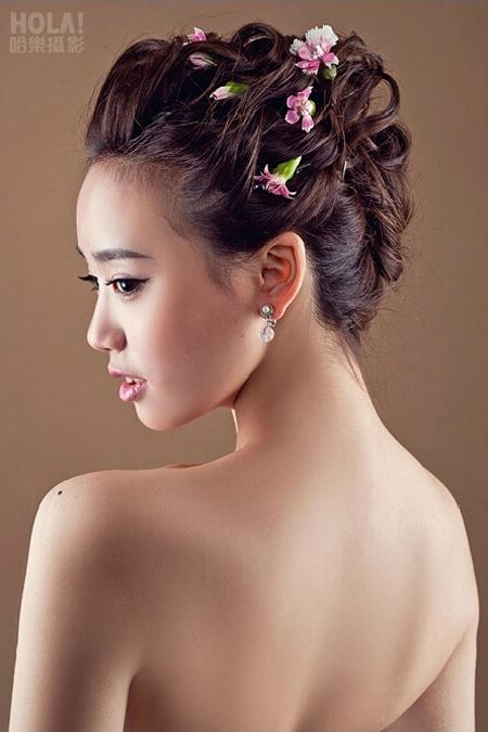 韩式新娘妆造型 尽显新娘娇羞甜美气质