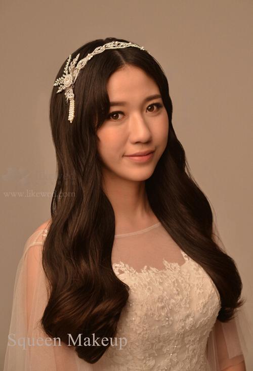 唯美复古新娘子 打造低发髻新娘发型