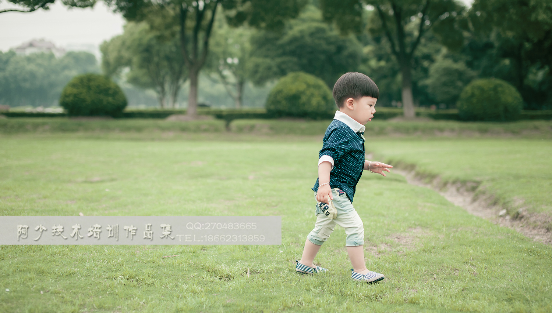 2歲外景片_兒童攝影作品