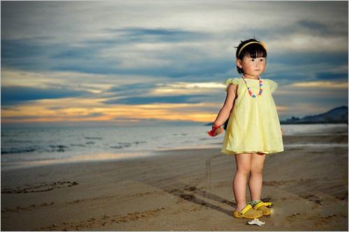 儿童-一起看大海 拍娃党教你怎样玩闪光灯
