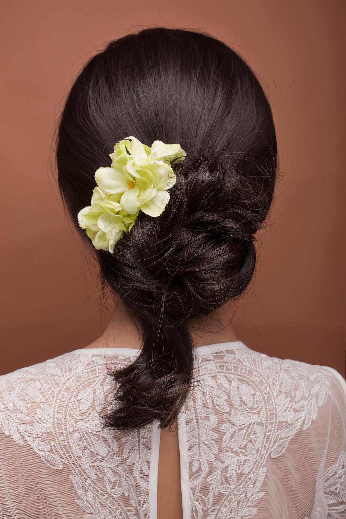2016新娘鲜花发型 步骤视频