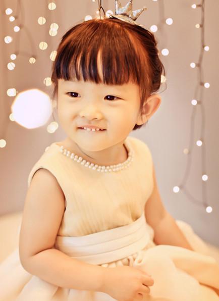 【韩式风格写真】嘟嘟嘴的小女孩