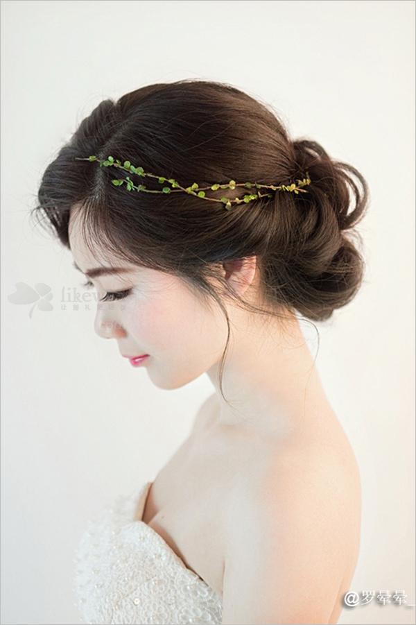 73韩式新娘盘发造型 凸显少女气质