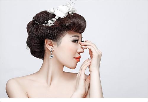时尚靓丽新娘彩妆造型组图欣赏图片