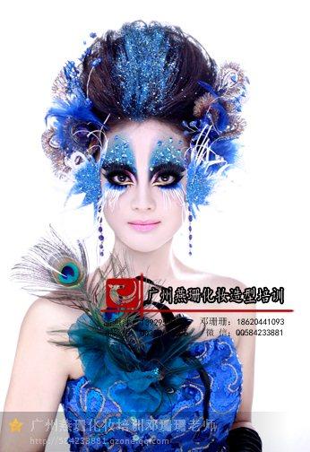 时尚创意彩绘妆赏析