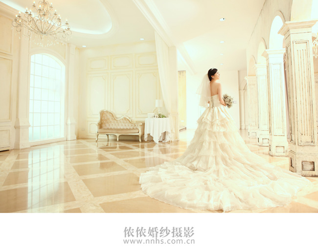 唯美大气欧式婚纱照欣赏-侬侬婚纱摄影