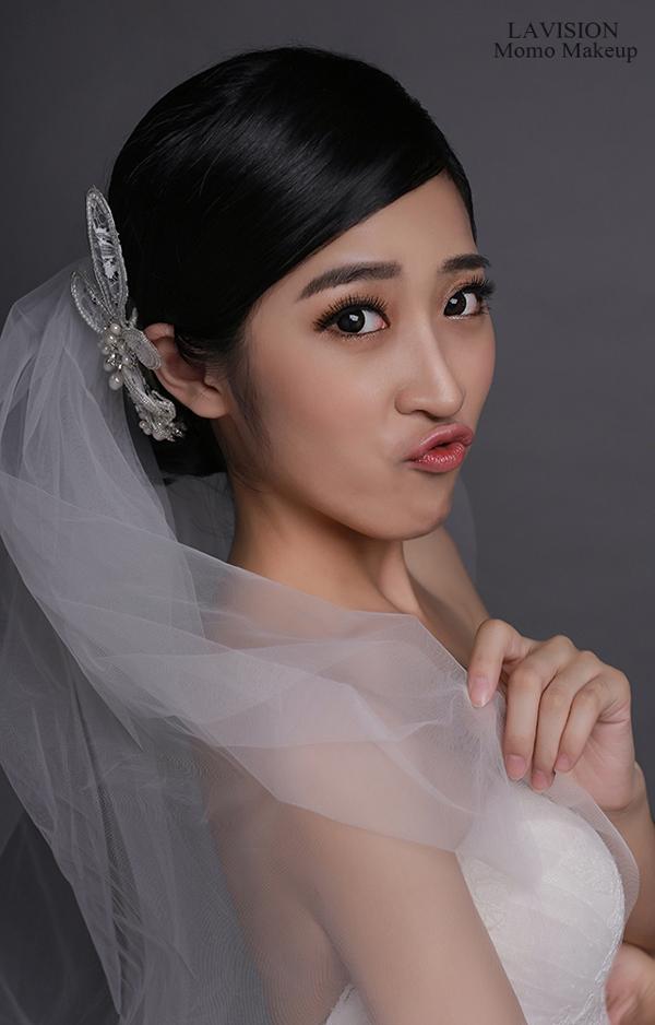 时尚新娘妆容造型 给人自然轻盈的空气感