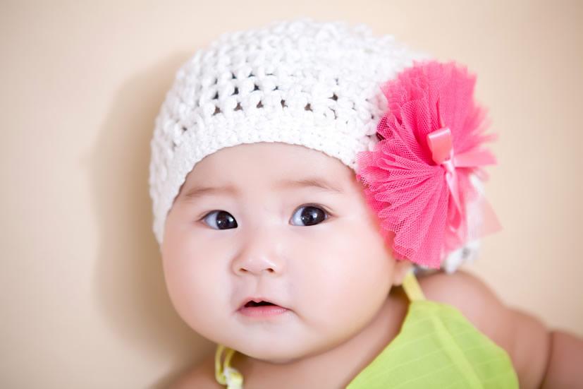 可爱想亲一口的宝宝图片