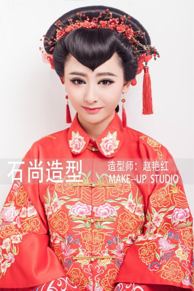 端庄中式新娘化妆造型组图欣赏