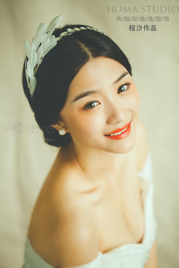 韩式新娘妆造型 尽显新娘典雅之美