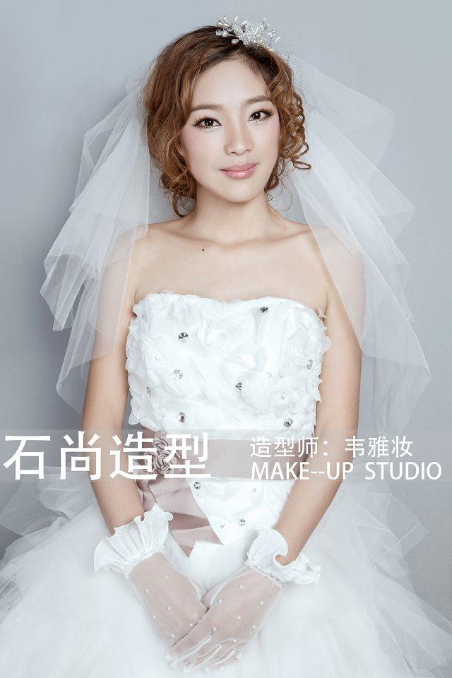 欧式新娘造型   ,打造不一样的新娘感觉.   新娘化妆造型