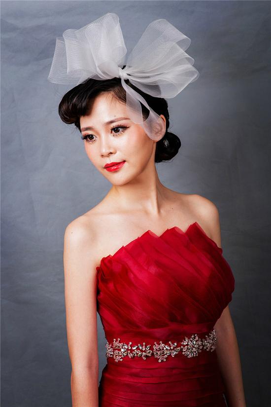 新娘化妆造型-冷艳高贵新娘妆 尽显复古优雅图片