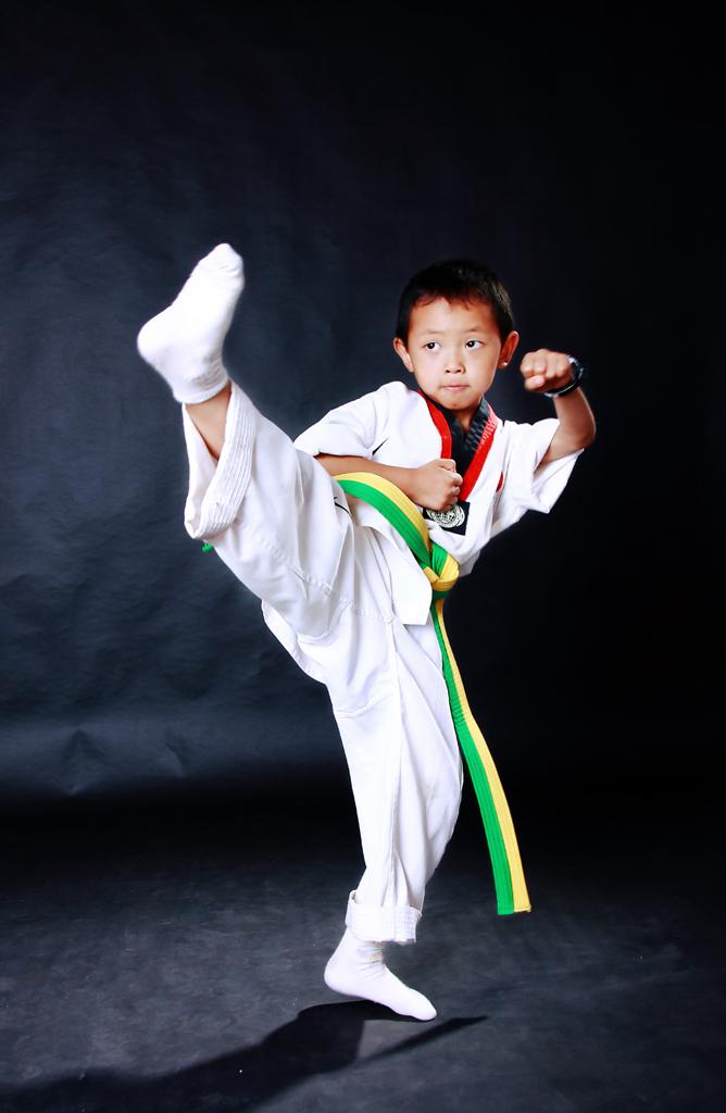 儿童跆拳道坏处 图片合集