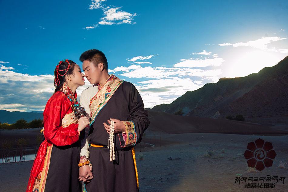 藏式婚纱照 拉萨格桑花婚纱摄影