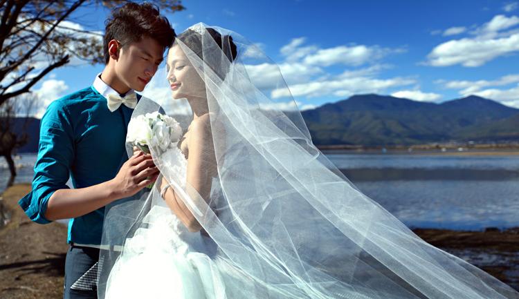 丽江婚纱摄影排行 这个冬季婚纱照不寒冷