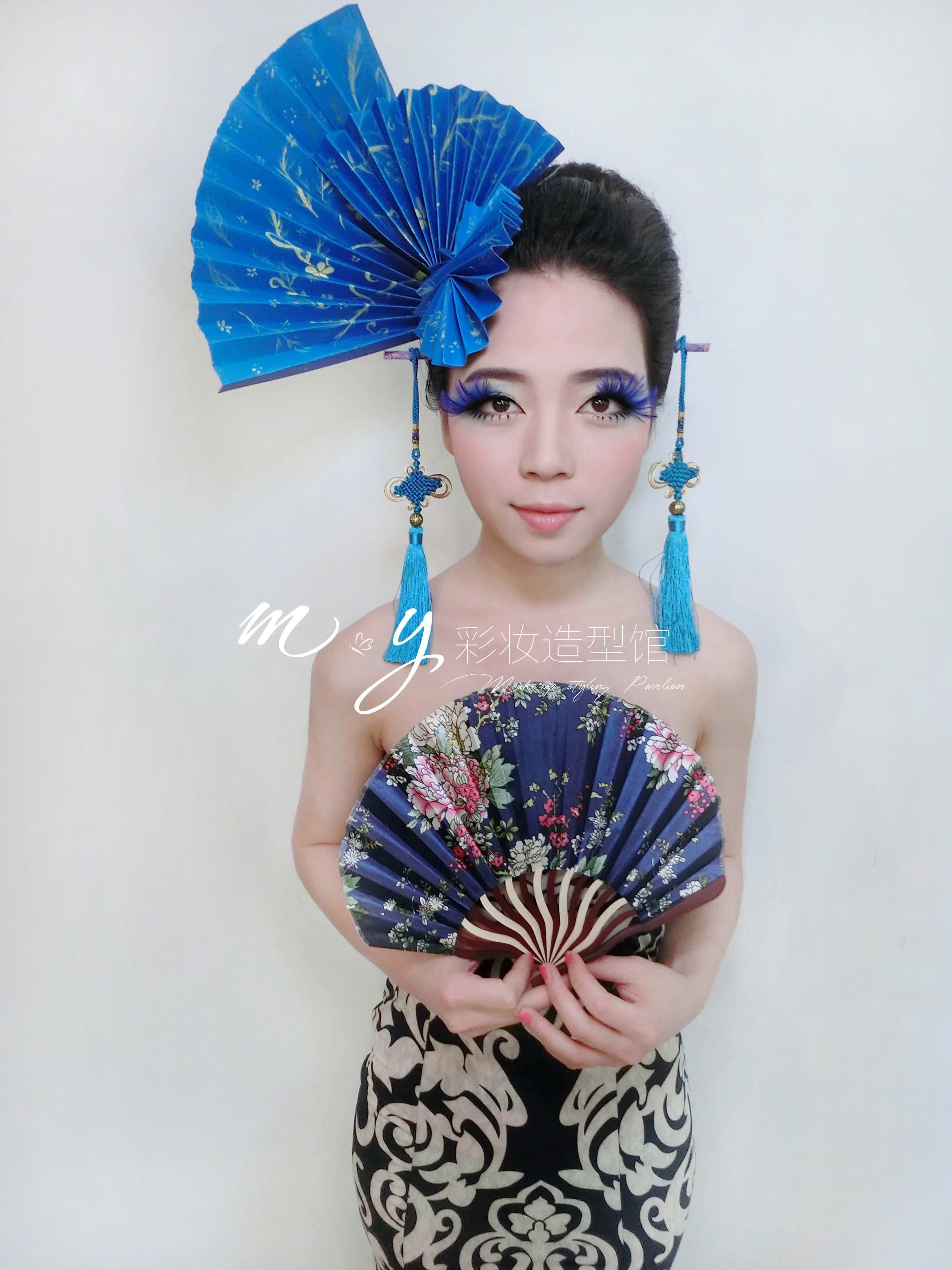 创意中国风-青花瓷_化妆造型作品图片