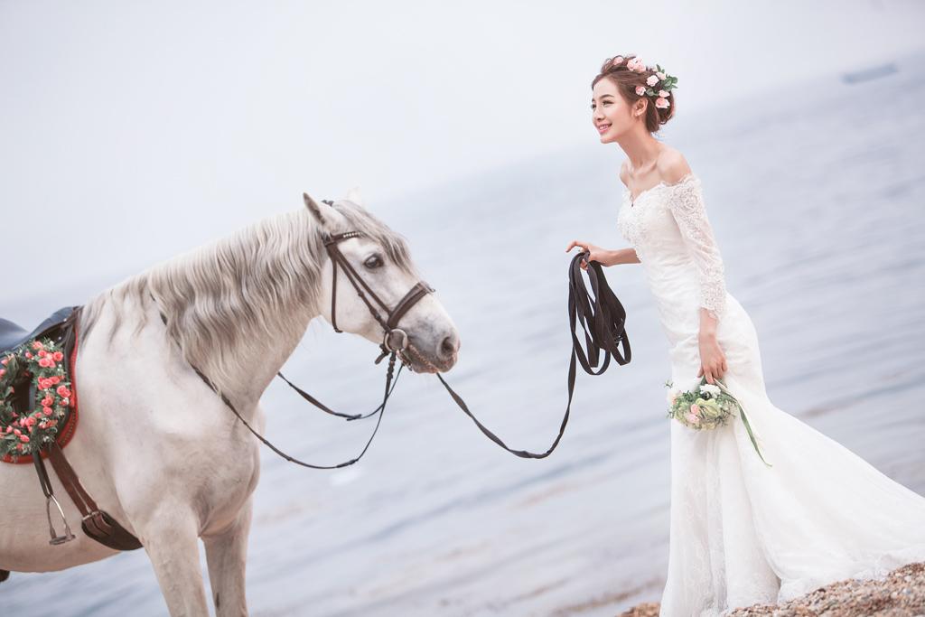 大连施华洛婚纱摄影海景马场婚纱照