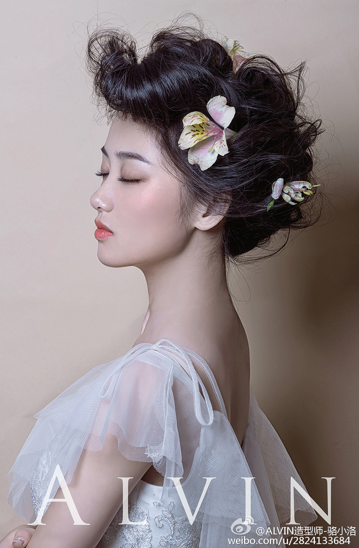 黑光网中式新娘造型图片