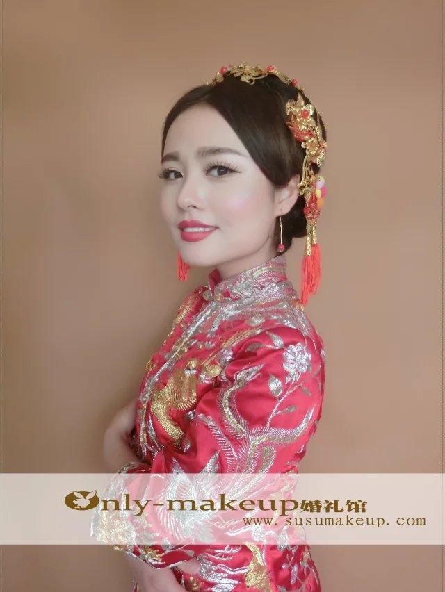 短发新娘中式造型