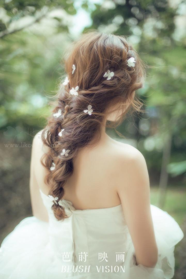 绝不能错过的森系新娘发型