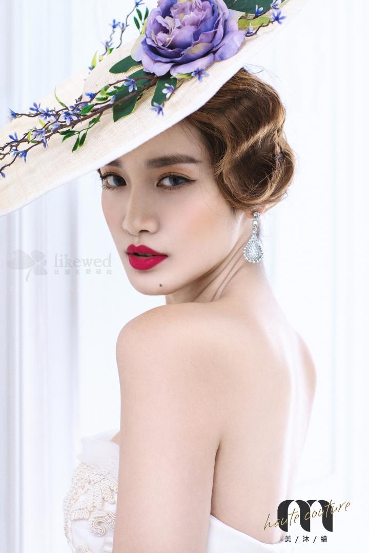 时尚化妆造型 复古新娘造型:白色宫殿
