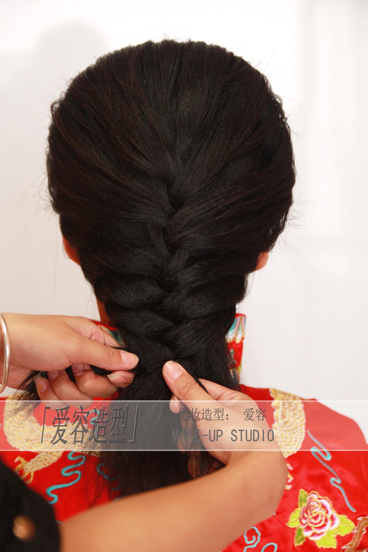 新娘刘海秀禾服发型分享展示