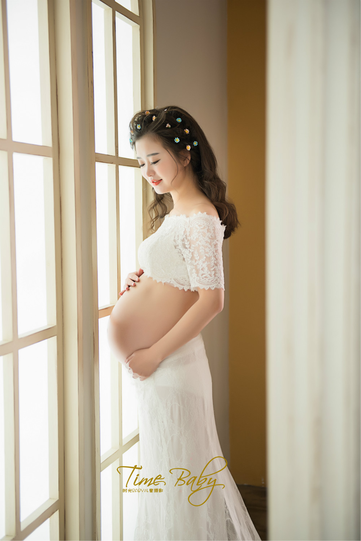 透明元素孕妇照399元_发型设计图片