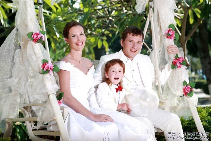 [分享]朵莉婚纱照-温馨全家福