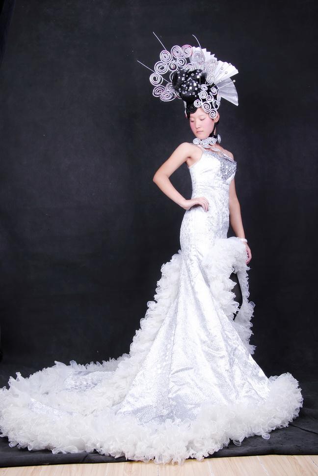 舞台夸张创意新娘造型内容舞台夸张创意新娘造型图片
