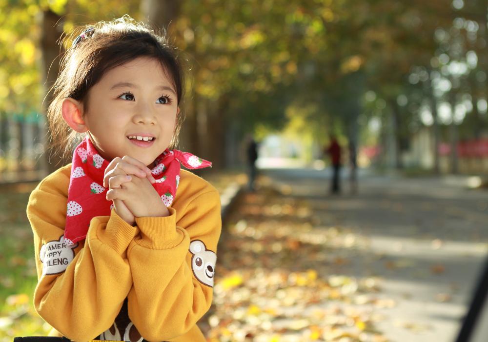 外景-秋天的回忆_儿童摄影作品