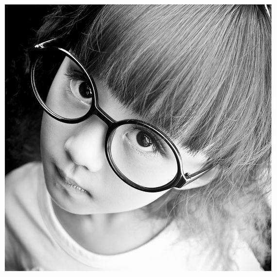 超萌可爱小孩子头像黑白